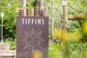 O restaurante Tiffins e o Nomad Lounge já foram inaugurados no parque Disney's Animal Kingdom
