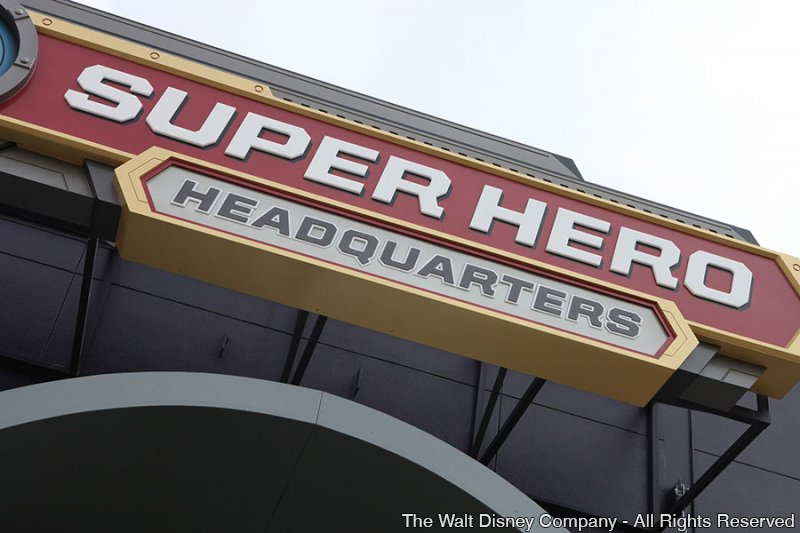 A loja Super Hero Headquarters foi recentemente inaugurada em Downtown Disney West Side
