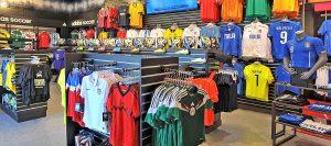 Foi inaugurada a loja Pelé Soccer em Disney Springs