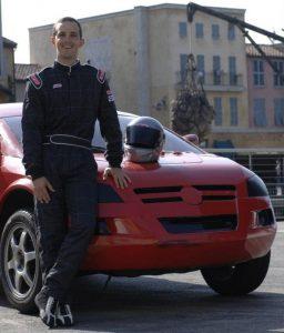 Entrevista com o piloto brasileiro Eduardo Marques Jr que atua na atração Lights, Motors, Action! Extreme Stunt Show