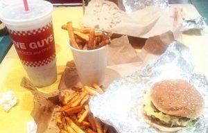 Burgergasm: uma explosão de prazer quando o assunto é junk food