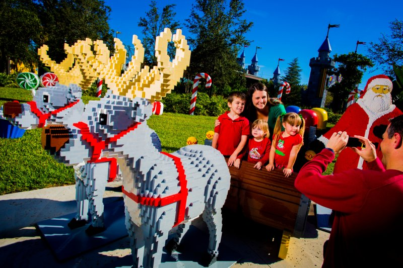 Conheça os destaques do evento Christmas Bricktacular 2017 do parque Legoland Florida