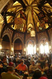 Mais quatro restaurantes do parque Magic Kingdom passam a servir bebidas alcoólicas