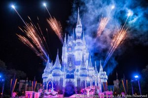 O espetáculo 'A Frozen Holiday Wish' passa a ser apresentado no Magic Kingdom