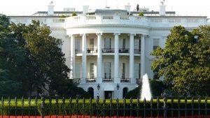 Estados Unidos planejam reabrir em novembro para viajantes estrangeiros