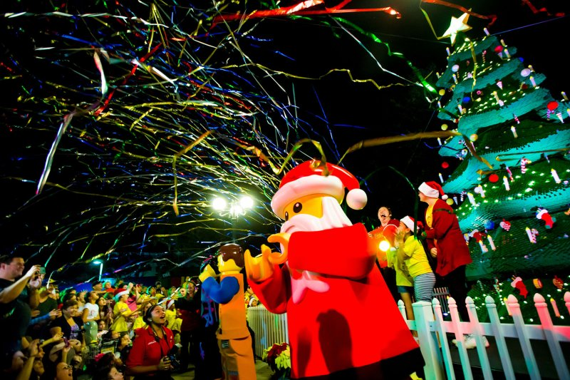 Têm início as festividades de fim de ano no parque Legoland Florida