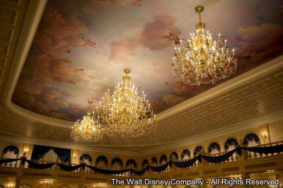 """Elegância dos Contos de Fadas, Gastronomia de Inspiração Francesa Celebrada no Restaurante """"Be Our Guest"""" da Nova Fantasyland"""