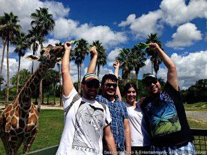 Tiago Abravanel comprova que Orlando é o melhor destino para curtir com amigos