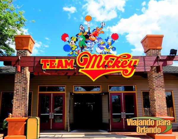 A loja Team Mickey irá fechar em Downtown Disney