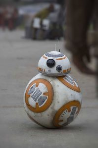 BB-8 irá receber os visitantes no parque Disney's Hollywood Studios