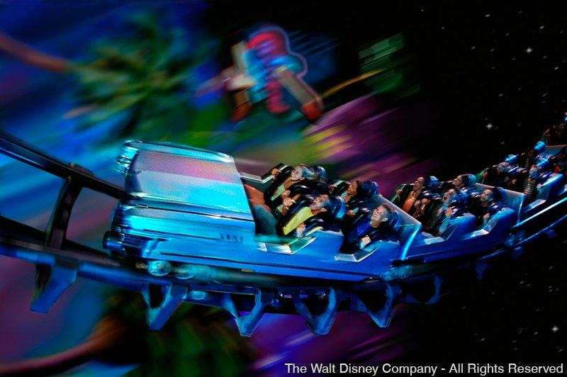A atração Rock 'n' Roller Coaster Starring Aerosmith completa 15 anos!