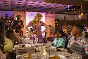 Rapunzel's Royal Table é o novo restaurante temático do navio Disney Magic