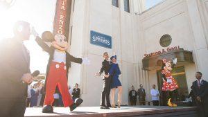 Já foram inaugurados os restaurantes Maria & Enzo's, Enzo's Hideaway, Pizza Ponte em Disney Springs