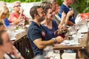 Beverage Boot Camp é o treinamento básico intensivo sobre bebidas do Epcot International Food & Wine Festival