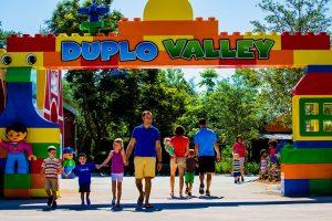 Inaugurada a nova área temática denominada Duplo Valley no parque Legoland Florida