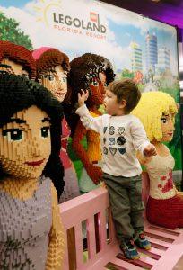 Quartos com o tema Lego Friends foram revelados ao público e estarão disponíveis no Legoland Hotel