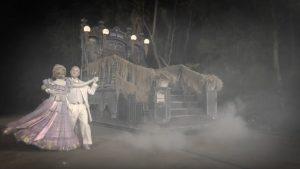 Conheça um pouco dos bastidores da parada Mickey's Boo-To-You Halloween Parade