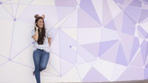 A Disney revelou o novo Purple Wall de Tomorrowland no parque Magic Kingdom