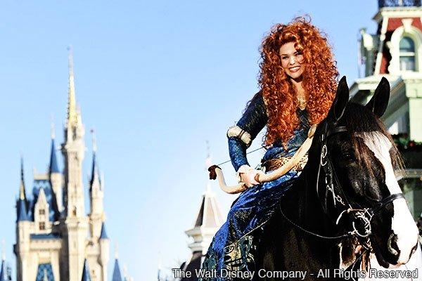 Cerimônia real de coroação da Merida no Magic Kingdom – Limited Time Magic
