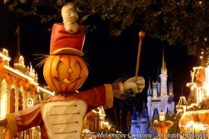 Mickey's Not-So-Scary Halloween Party terá muitas novidades este ano!