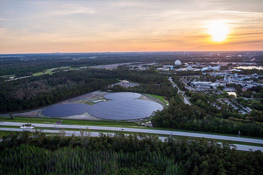 Duke Energy inaugura usina de energia solar em Walt Disney World Resort no formato da silhueta do Mickey