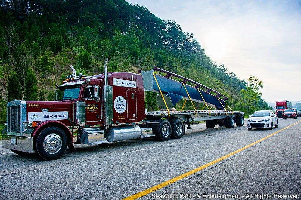 Primeira peça da nova montanha-russa Mako já está a caminho do SeaWorld Orlando