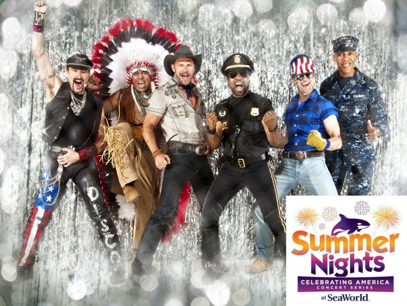 Show do Village People esquenta último fim de  semana do SeaWorld Summer Nights