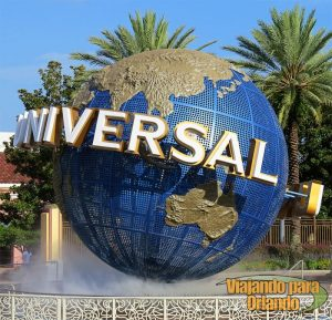 A Universal já está oferecendo transporte do aeroporto para o complexo