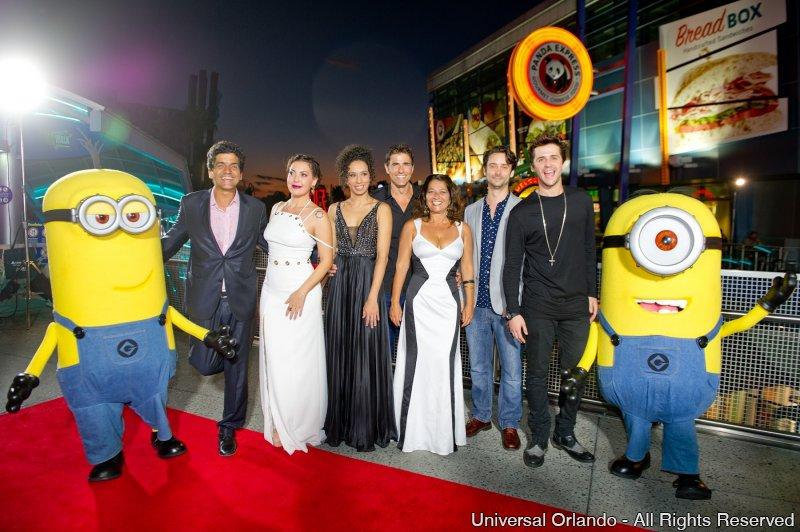 Première do filme SOS Mulheres ao Mar 2 reúne estrelas no Universal Orlando