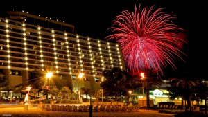 Conheça os três eventos para comemorar chegada do ano novo no Disney's Contemporary Resort