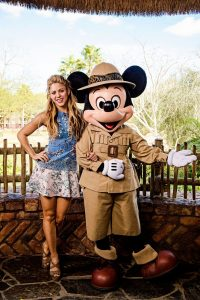 Shakira visita Walt Disney World Resort