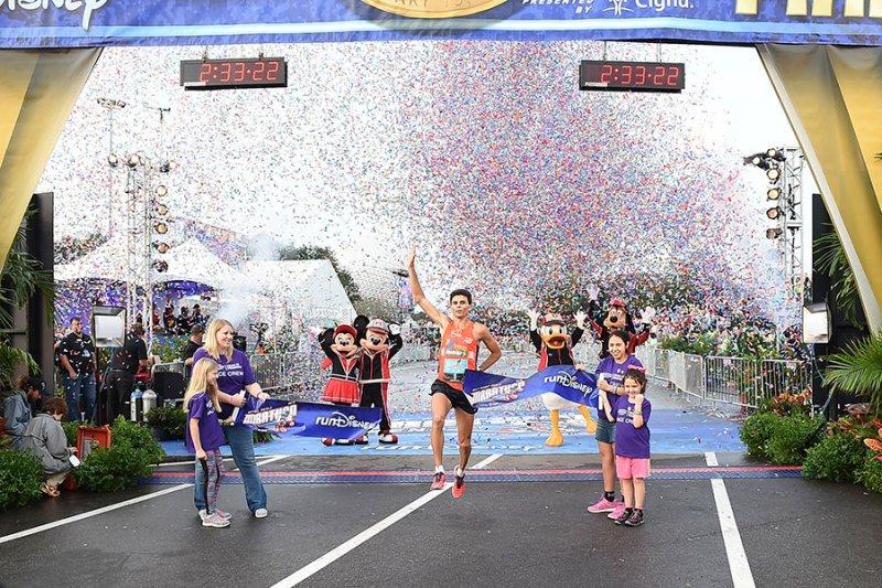 Fredison Costa vence a Walt Disney World Marathon de 2016