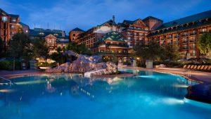 A Disney confirmou que começará a cobrar estacionamento dos seus hóspedes no Walt Disney World Resort.