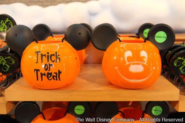 Nova linha de produtos Disney para o Halloween de 2013