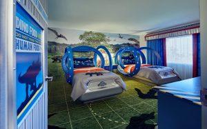 Conheça as novas suítes infantis do Jurassic World no Loews Royal Pacific Resort