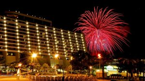 Celebre a chegada do Ano Novo no Disney's Contemporary Resort