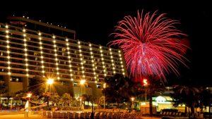 Celebre a chegada do Ano Novo no Disney's Contemporary Resort