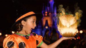 Oportunidades exclusivas de fotos durante a festa de Halloween do Mickey