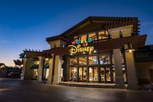A famosa loja World of Disney já foi reaberta!