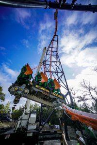 Construção da montanha-russa Tigris