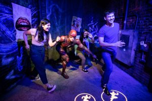 Flash e Cyborg no Madame Tussauds Orlando