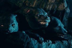Fofo, o cão de três cabeças, está na atração Hagrid's Magical Creatures Motorbike Adventure