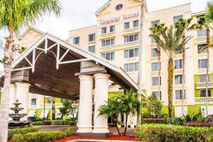 Comfort Suites Resort Maingate East