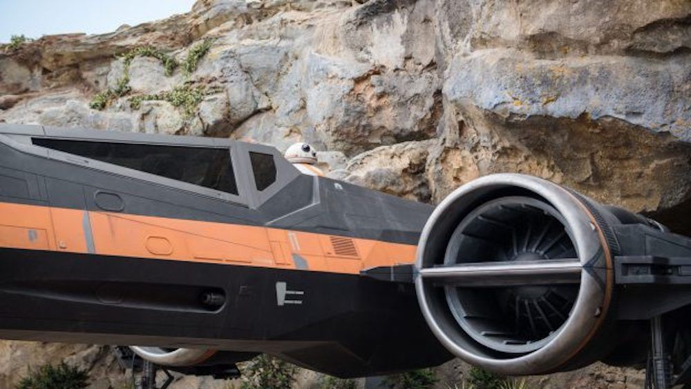 Confira Poe's X-wing de Star Wars: Rise of the Resistance